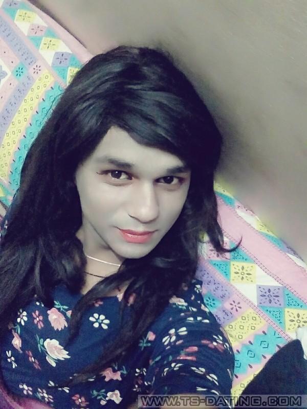 Les hijras, un corps d'homme dans une me de femme Slatefr